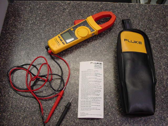 Fluke 333 Clamp Meter : Fluke
